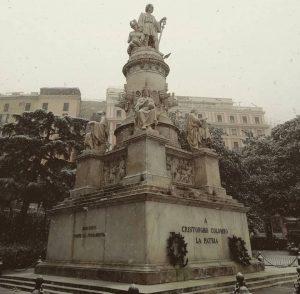 コロンブスの像