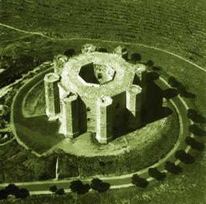 カステル・デル・モンテ城